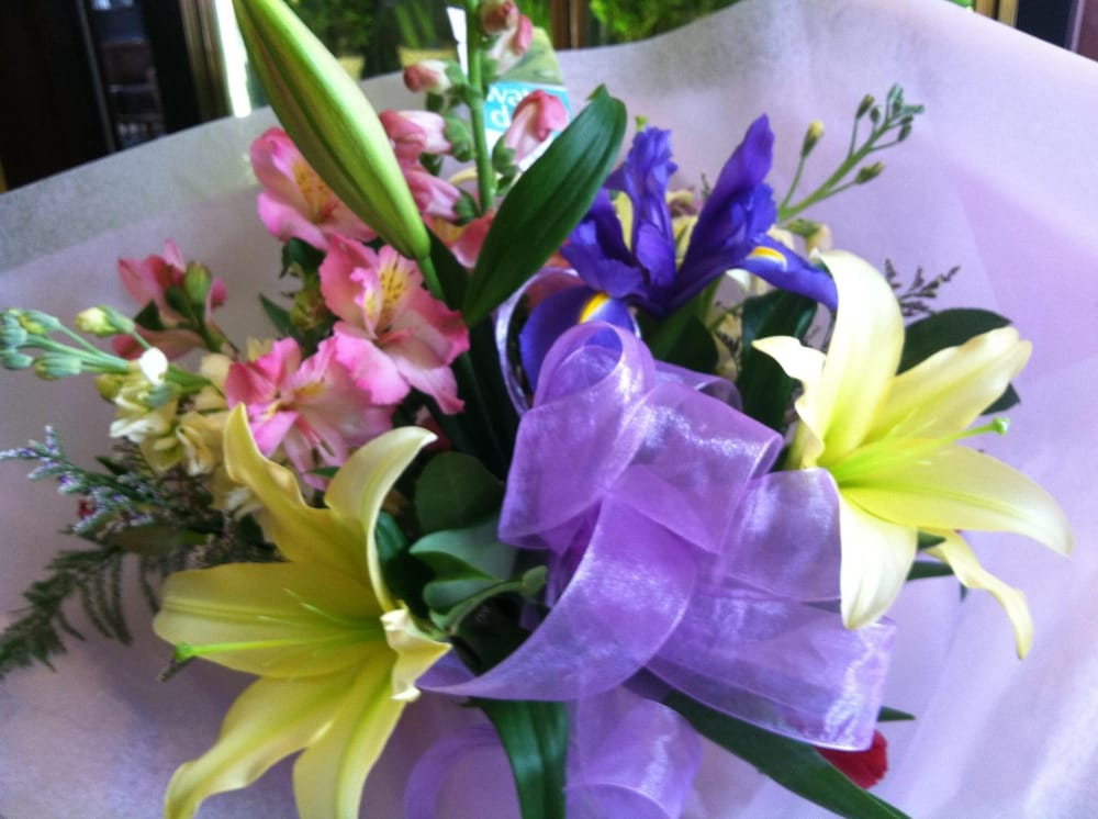 Foley Florist: 181 Genesee St, Auburn, NY
