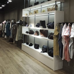 ikks women 39 s clothing 43 45 avenue des ternes champs elys es paris france phone number. Black Bedroom Furniture Sets. Home Design Ideas