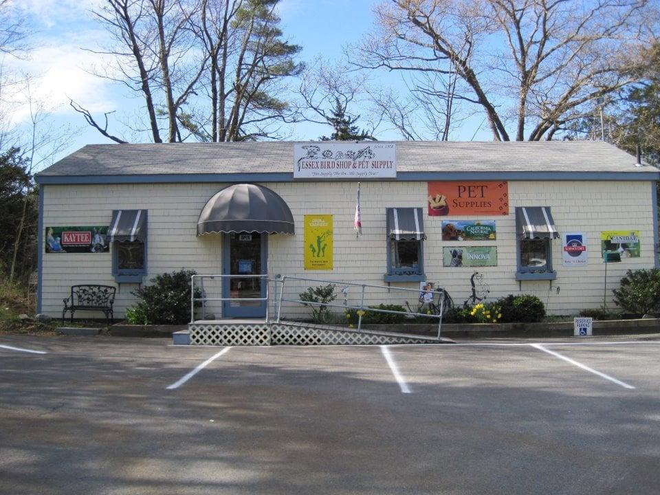 Essex Bird & Pet Supply: 121R Eastern Ave, Essex, MA