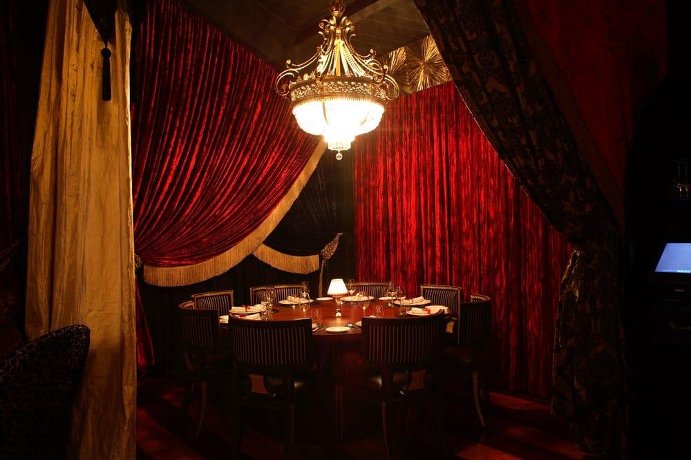 Romanov Restaurant La