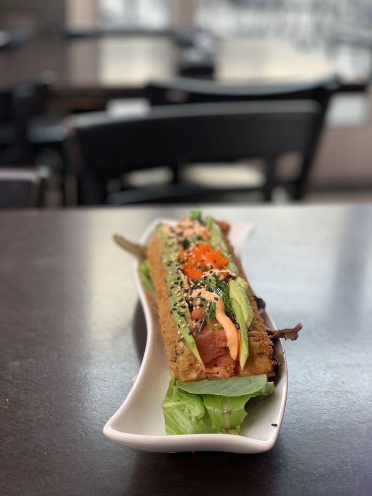 WAVE Asian Bistro & Sushi