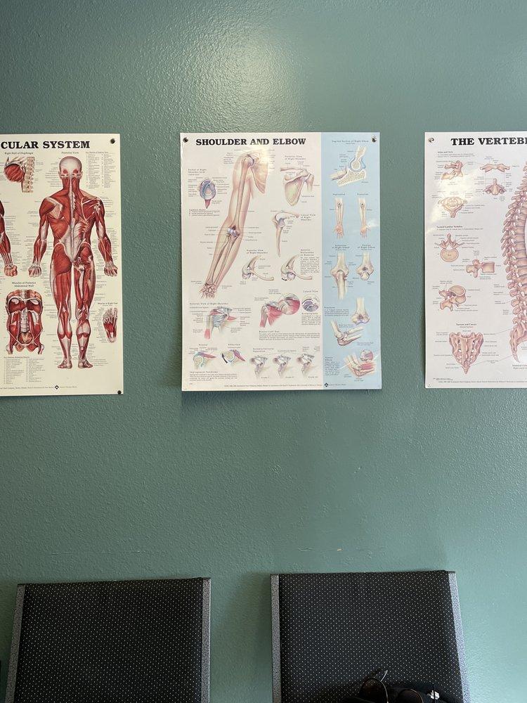Kaul Family Chiropractic & Massage: 1844 W Harvard Ave, Roseburg, OR