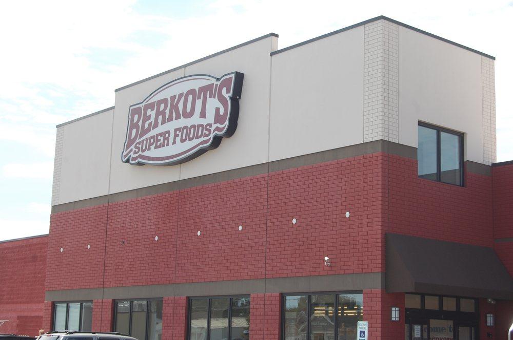 Berkot's Super Foods: 100 S Broadway St, Coal City, IL