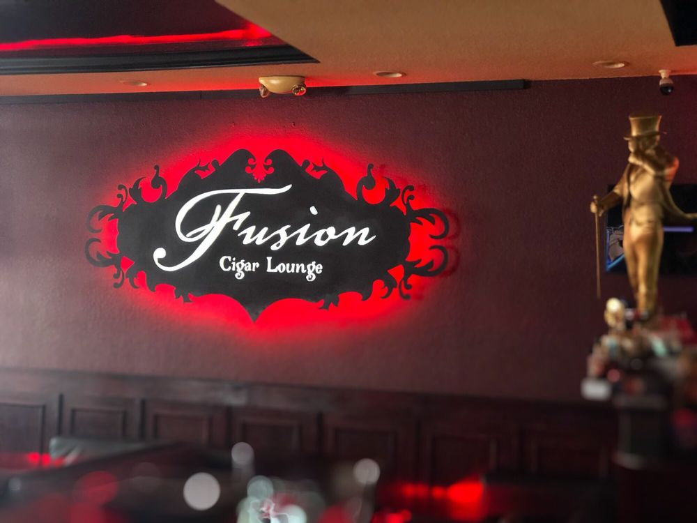 Fusion Cigar Lounge: 483 Mandalay Ave, Clearwater, FL