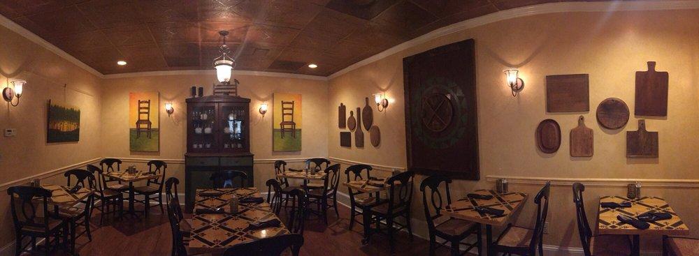 Charlotte Hotel & Restaurant: 7 North St, Onancock, VA