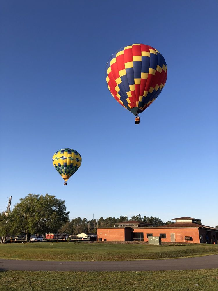 Big Red Balloon Sightseeing Adventures: 8710 W Hillsborough Ave, Tampa, FL