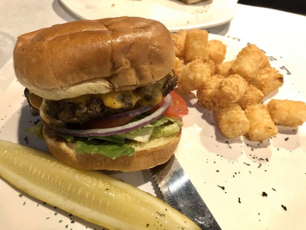 Prime Time Pub & Grill: 8177 Bell Oaks Dr, Newburgh, IN