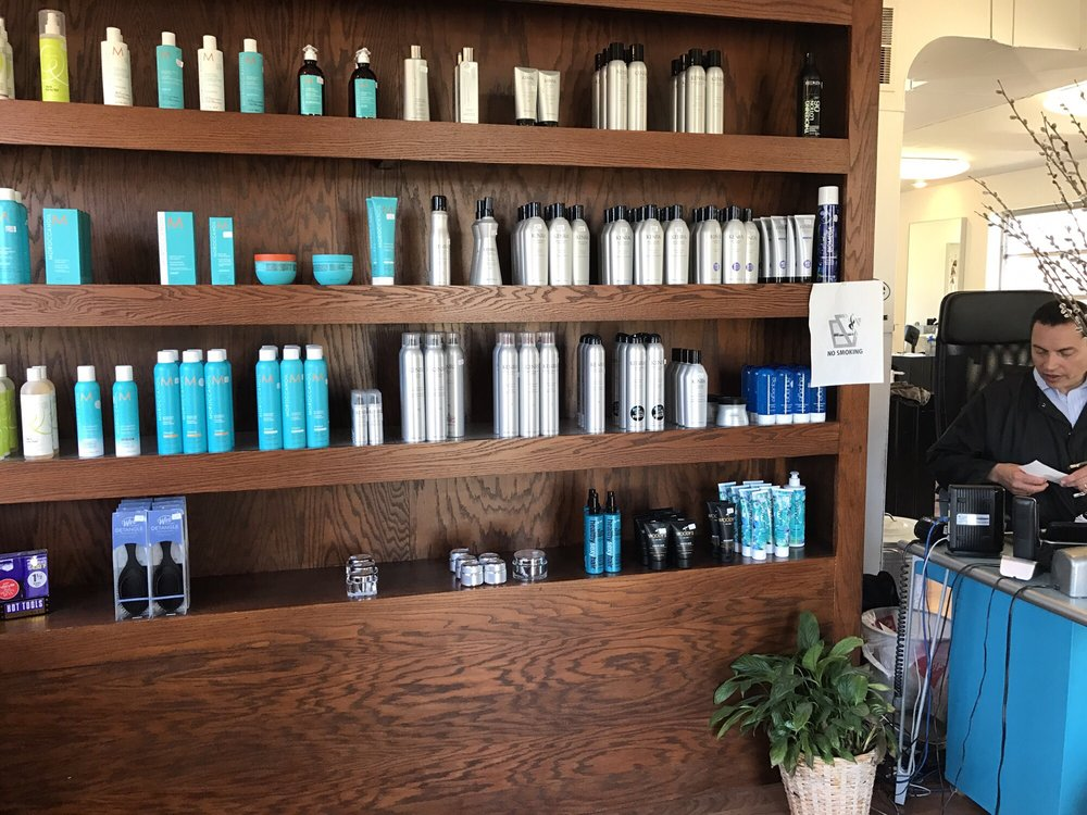 Decaria's D Hair Styling Salon: 506 Lawrence Ave, Ellwood City, PA