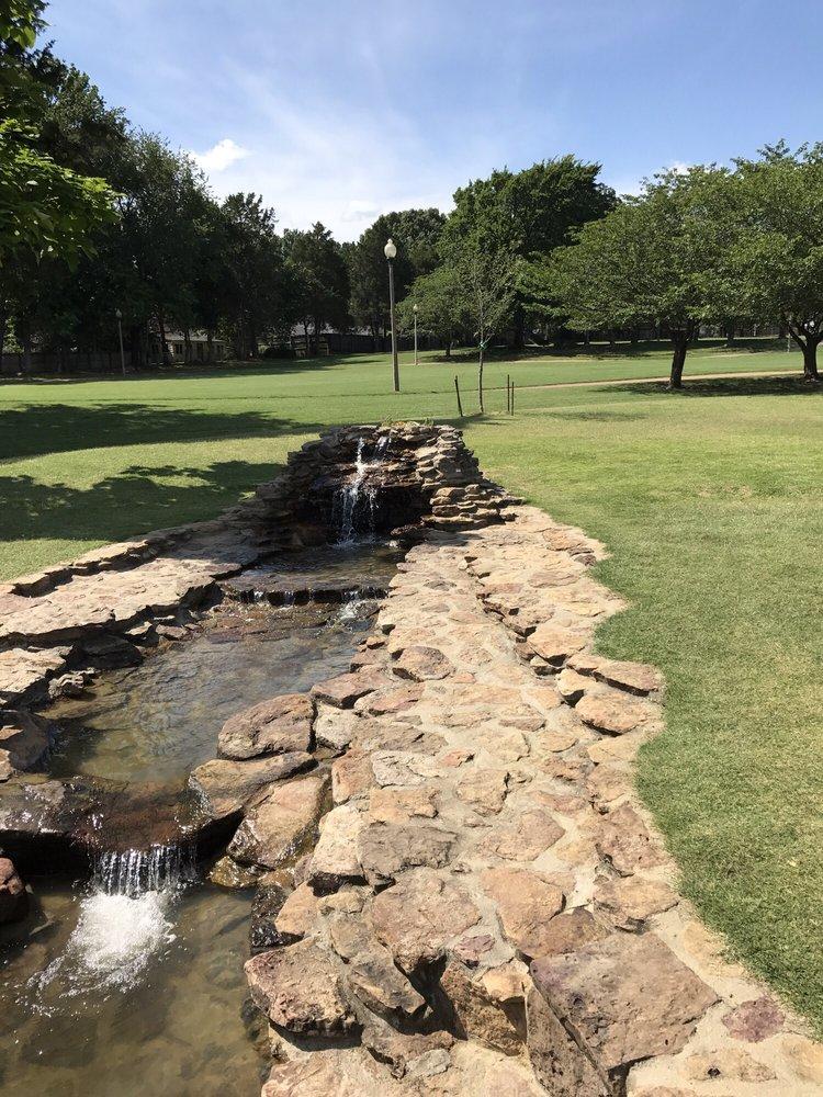 Bartlett Municipal Park: 2975 Altruria Rd, Bartlett, TN