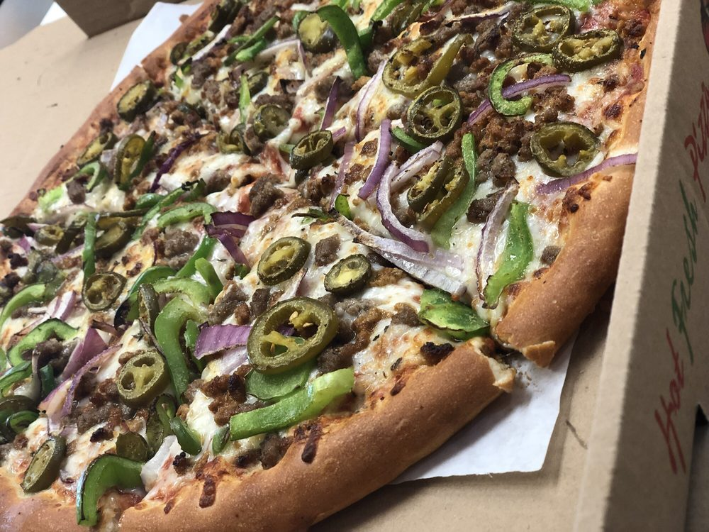 Big Rol's Pizza: 10721 Atlantic Ave, Lynwood, CA