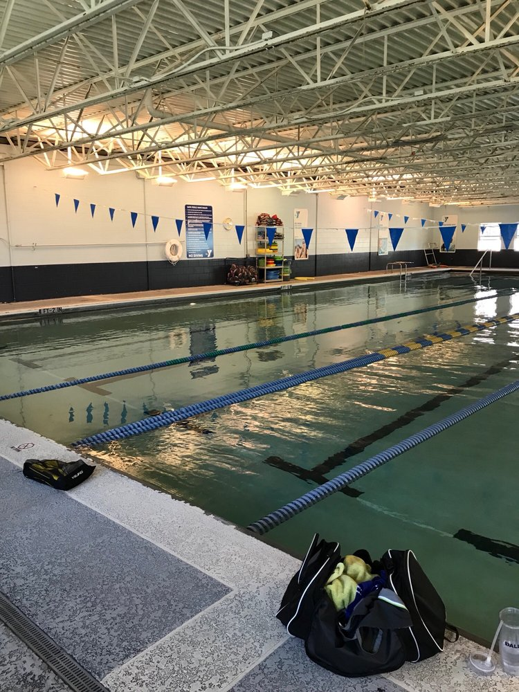 Rosen YMCA Aquatic Center: 8422 International Dr, Orlando, FL