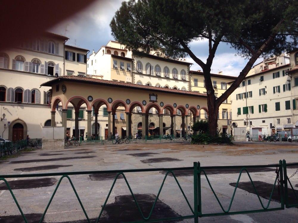 Piazza dei ciompi 23 photos landmarks historic for Piazza dei ciompi