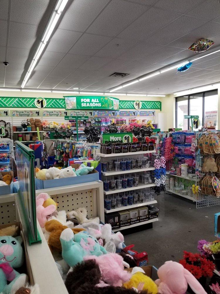 Dollar Tree: 1489 Retail Row, Hartsville, SC