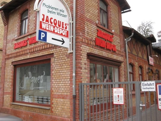 Jacques wein depot off licence schwarzwaldstr 122 for Depot frankfurt am main