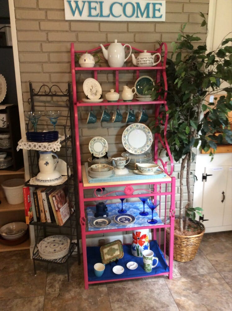 Bridge Bargains, a Boutique Style Thrift Shop: 12 Spaulding St, Milford, NH