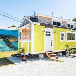 Peachy Tiny House Siesta 55 Photos Vacation Rentals 6600 Ave Home Interior And Landscaping Elinuenasavecom