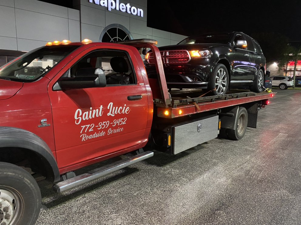 Towing business in Port Salerno, FL