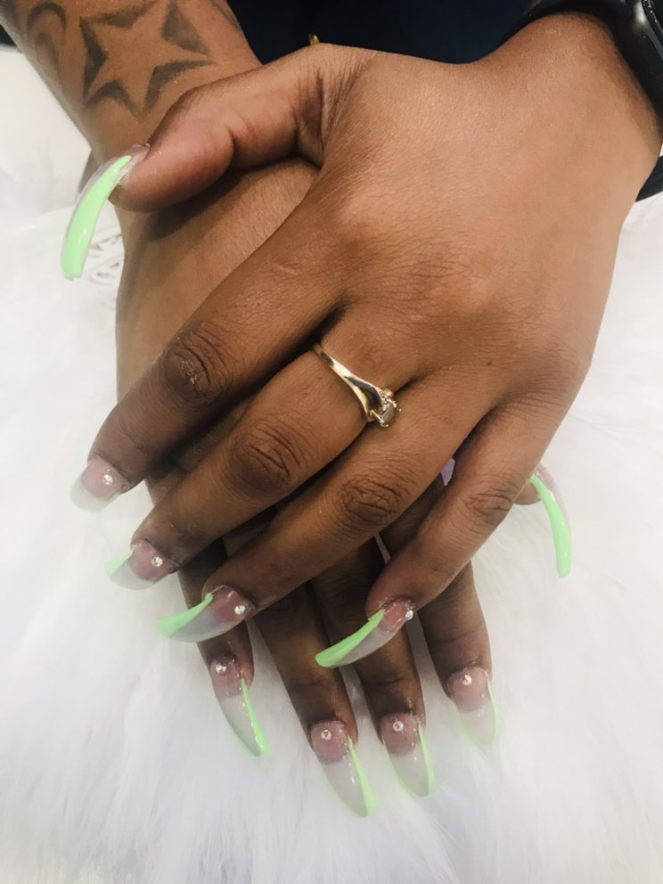 TW Nails & Spa: 976 Mansell Rd, Roswell, GA