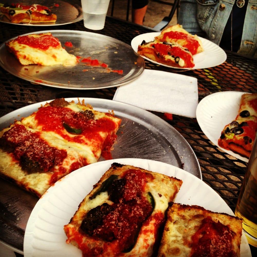 best pizza i 39 ve ever had yelp. Black Bedroom Furniture Sets. Home Design Ideas