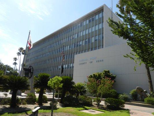 Kern County Superior Court 1415 Truxtun Ave Bakersfield, CA