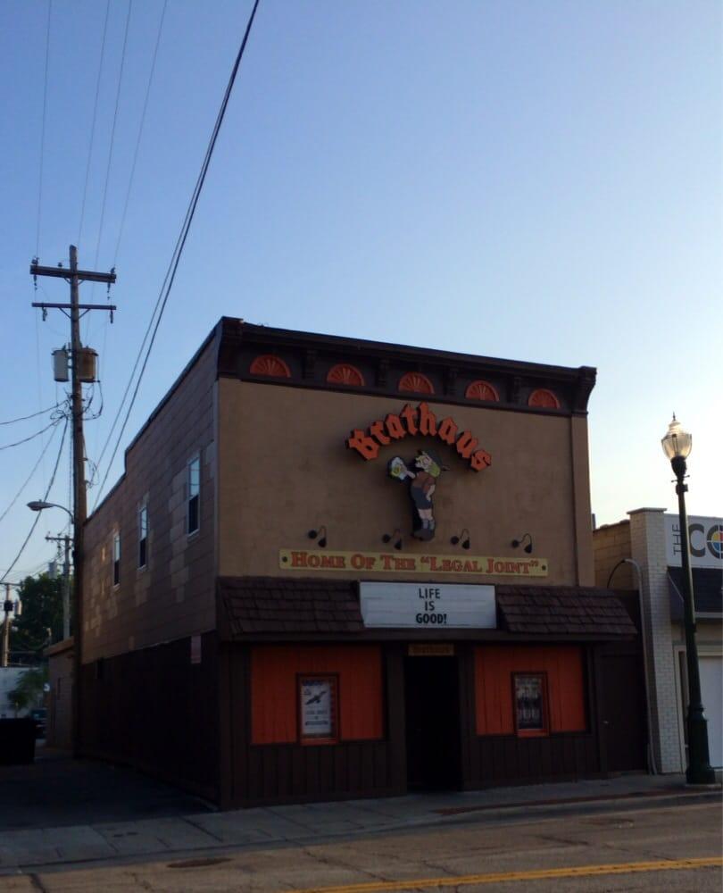 Brathaus: 115 E Court St, Bowling Green, OH
