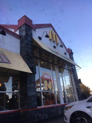 Mcdonald S Fastfood 980 Pandora Avenue Victoria Bc Canada Restaurantanmeldelser
