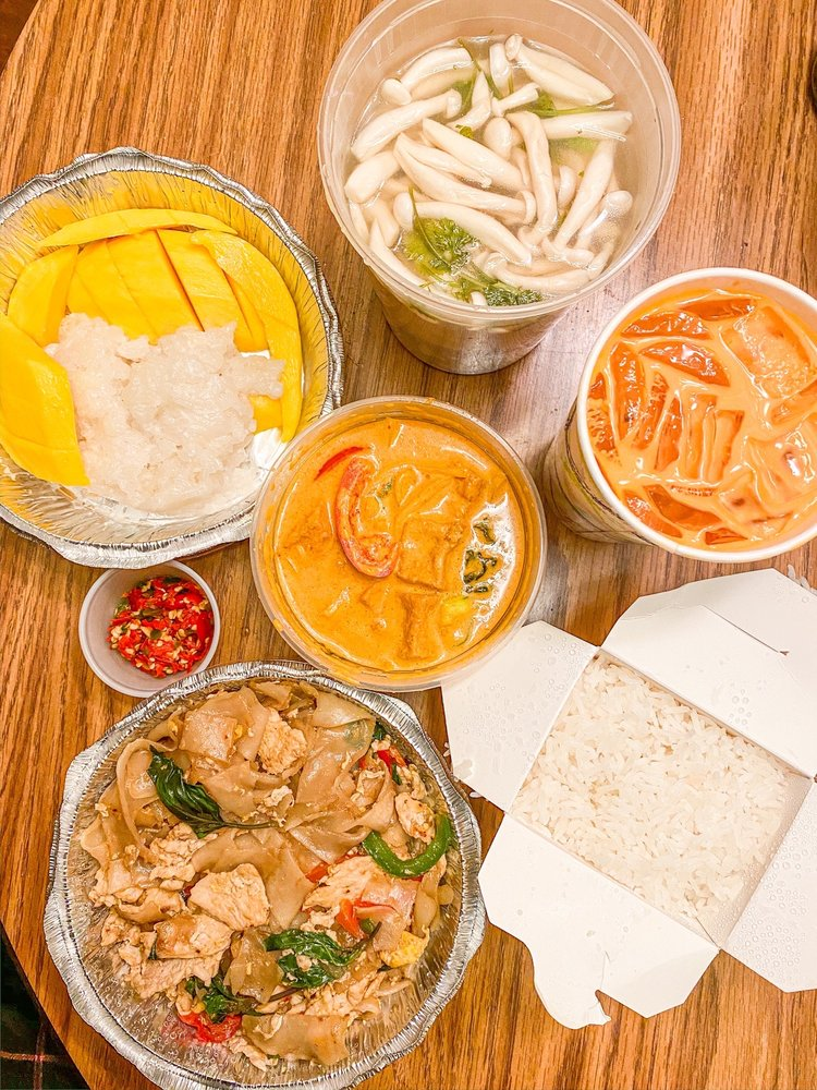 Urban Thai Kitchen: 11493 Carmel Mountain Rd, San Diego, CA