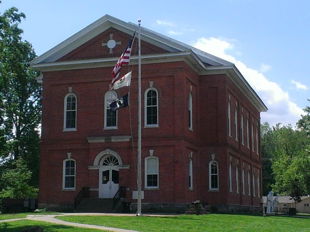 Pope County Court: 310 E Main St, Golconda, IL