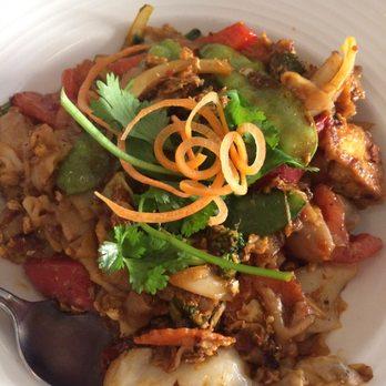 Arawan thai cuisine 143 photos 184 reviews thai 47 for Arawan thai cuisine menu