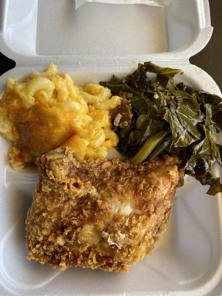 Soul Food Fantasy: 521 E Kennedy Blvd, Eatonville, FL