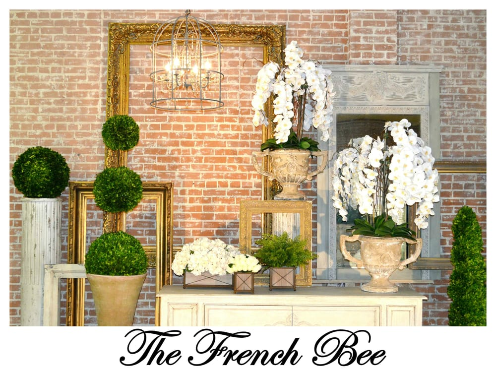 The French Bee - Floral Design Studio