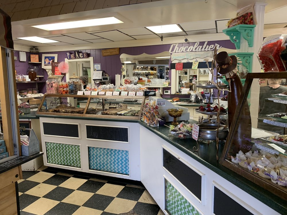 Riverside Chocolate Factory: 2102 W Il Rt 120, McHenry, IL