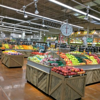 Fresh Thyme Vs Whole Foods