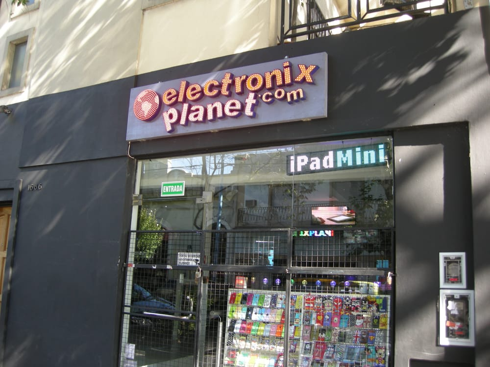 Electronix Planet: Juncal 2731, Buenos Aires, C