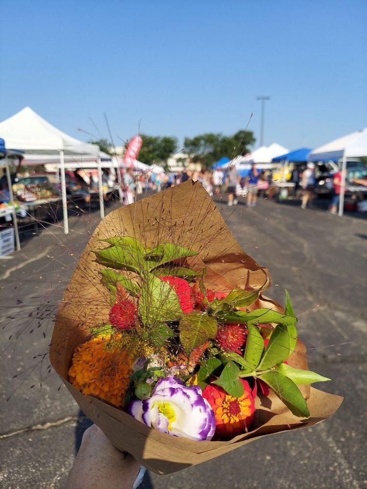 Downtown Topeka Farmer's Market: 12TH And Harrison, Topeka, KS