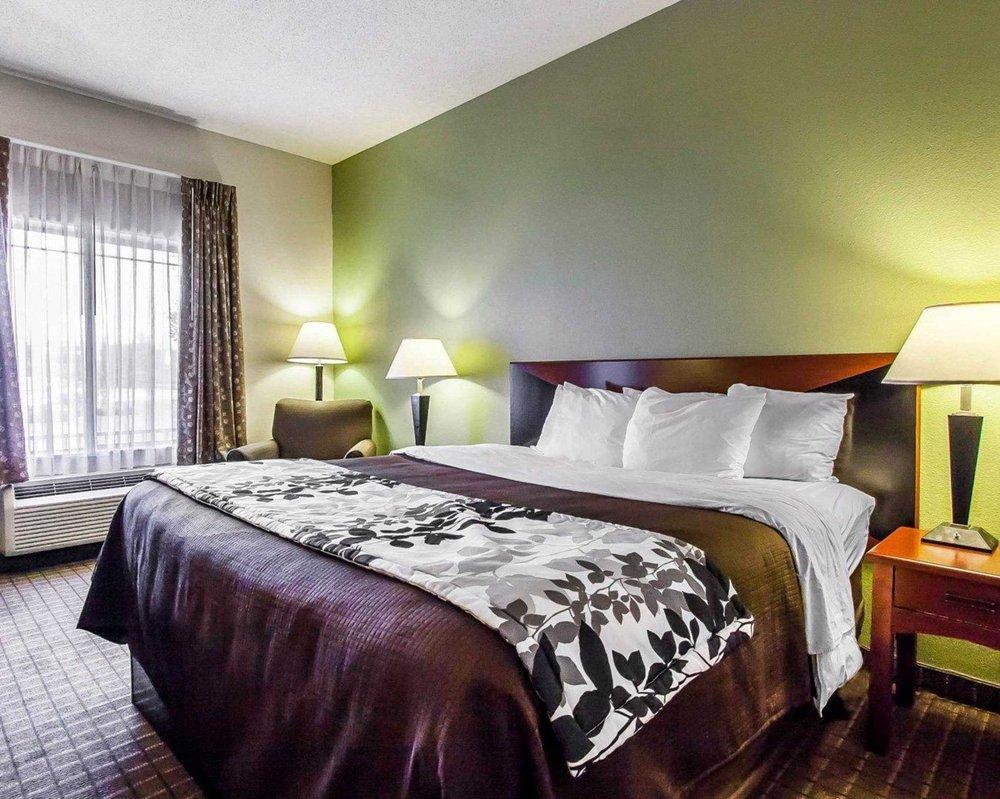 Sleep Inn & Suites: 6603 Hwy 49 North, Hattiesburg, MS