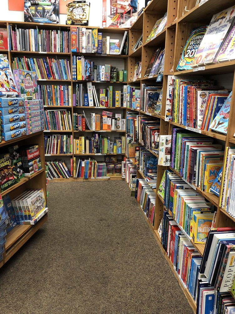 Half Price Books: 2025 S Hurstbourne Pkwy, Louisville, KY