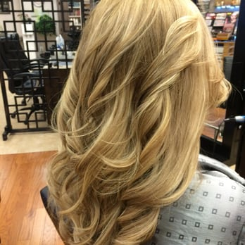 Chelsey d 39 s reviews alexandria yelp for 2 blond salon reviews