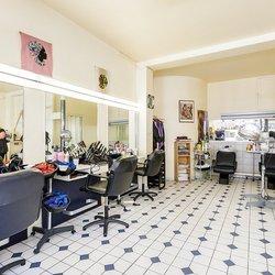 Boucle D Or Coiffeurs Salons De Coiffure 3 Rue De Viroflay