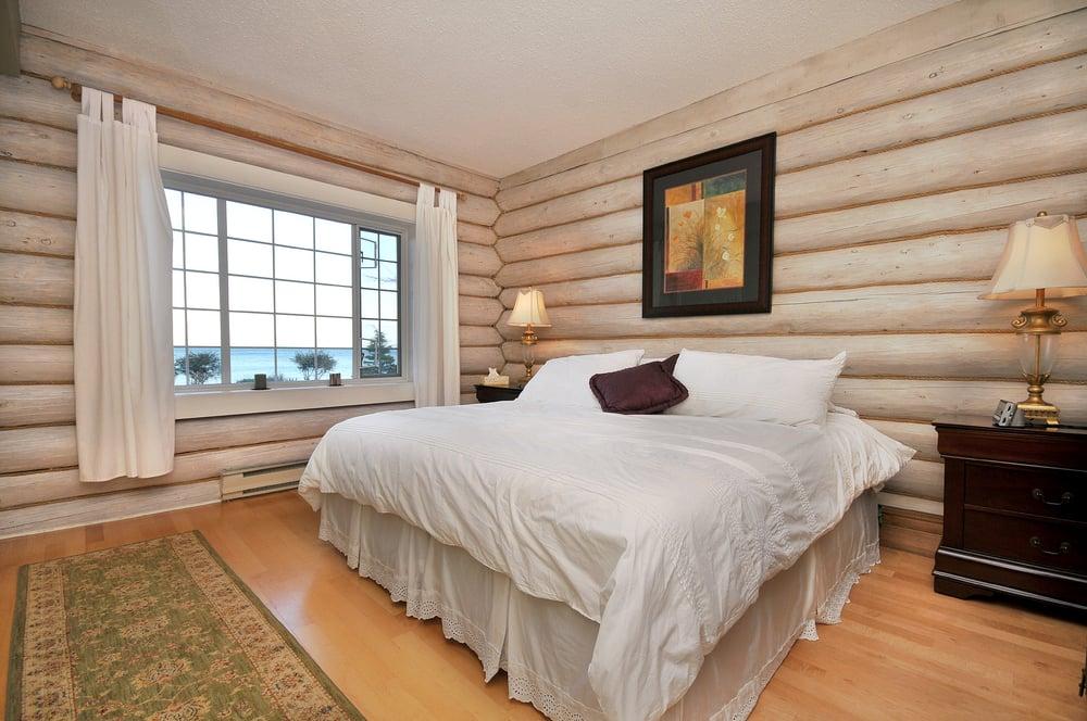 The Lodge At Weir's Beach: 5195 William Head Road, Victoria, BC