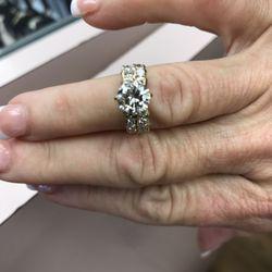Cash World Pawn & Jewelry in Birmingham , AL