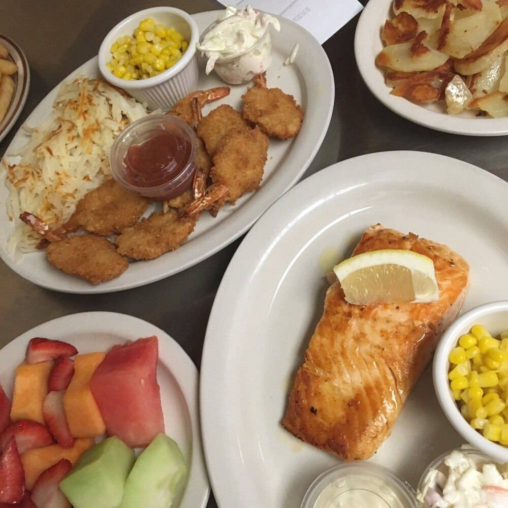 Dita's Family Restaurant: 1569 Madison Rd, Beloit, WI