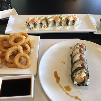 Blue fish sushi bar asian cuisine 123 photos 156 for Blue fish sushi