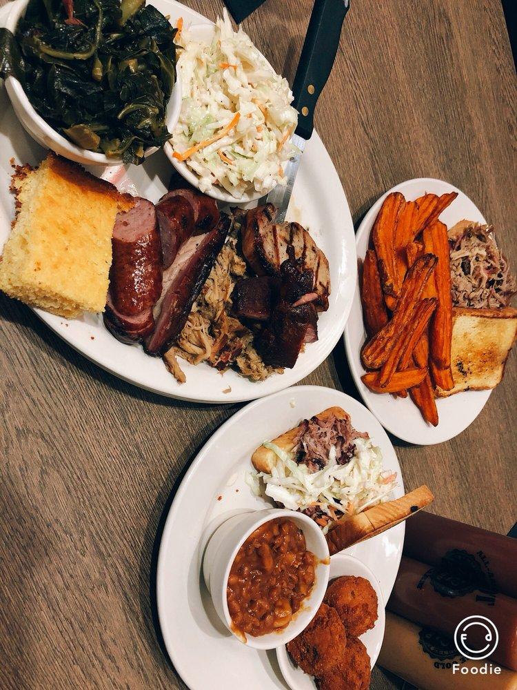 Smokehouse 52 BBQ Saline: 105 W Michigan Ave, Saline, MI