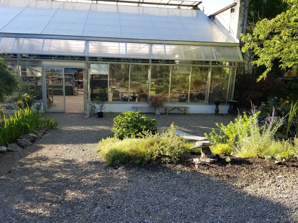 Masterson's Garden Center & Aquatic Nursery: 725 Olean Rd, East Aurora, NY