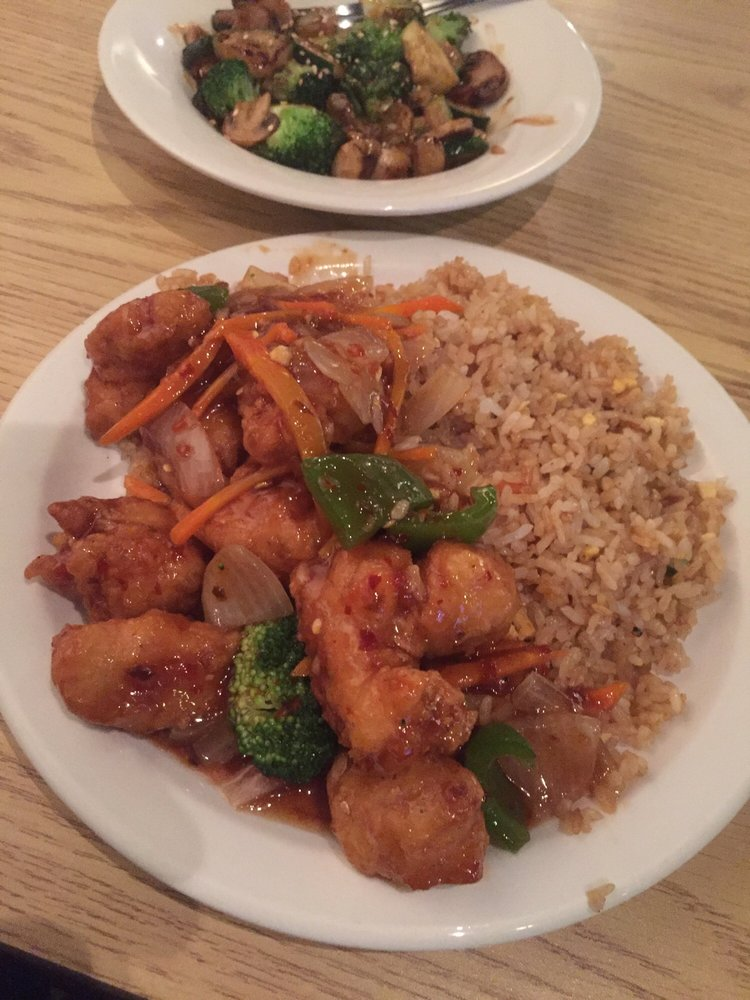 Nippon Japanese Grill: 4041 N Maize Rd, Maize, KS