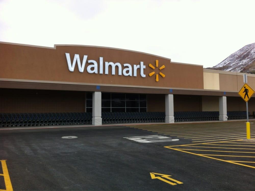 Walmart closed department stores 2435 wilshire dr for Fish stores in utah