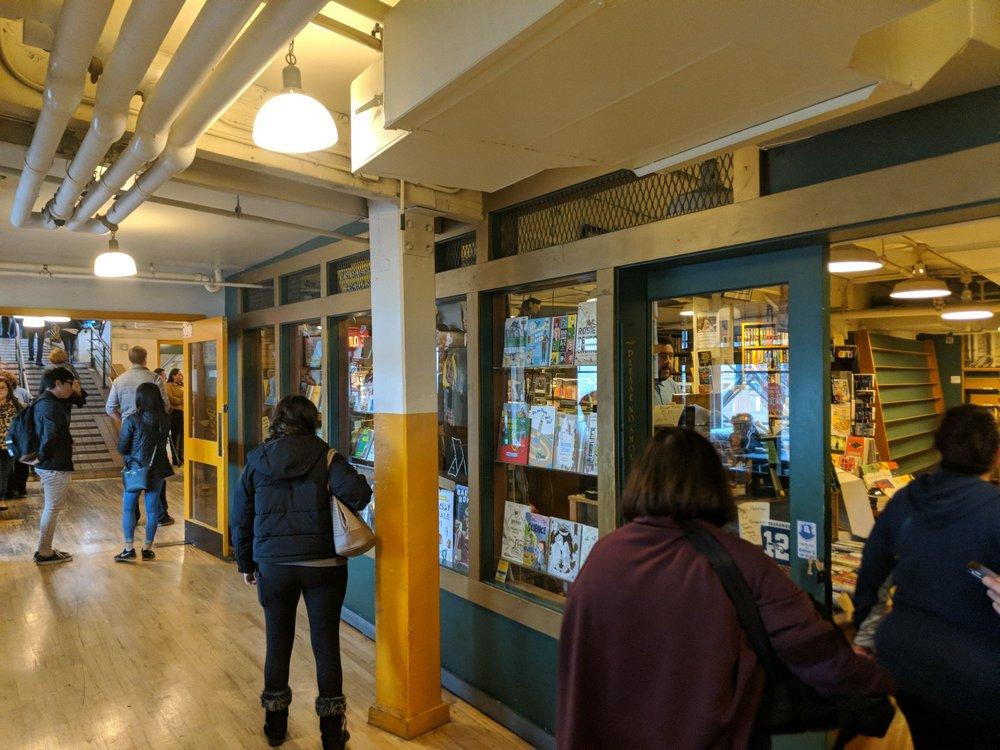 Lion Heart Book Store: 1501 Pike Pl, Seattle, WA