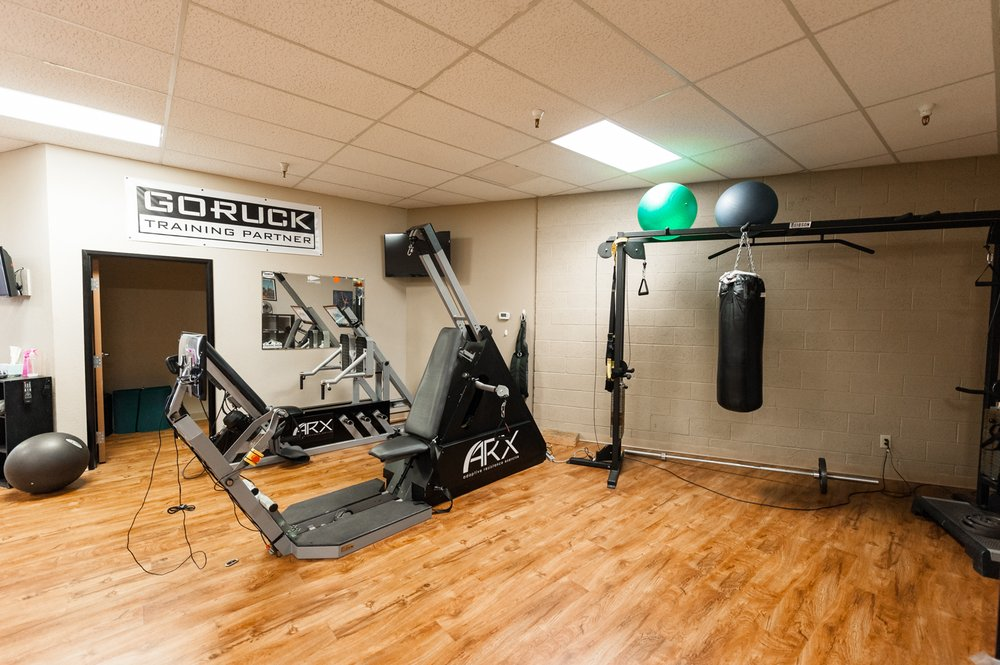 Banas Sports Therapy & Athletic Training