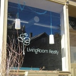 livingroom realty property services 1530 w superior st